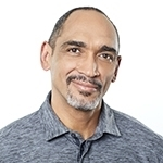 John Agwunobi, M.D., MBA, MPH – Copresidente y Director de Salud y Nutrición