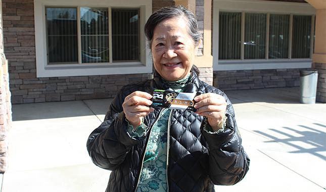 Donar a residentes mayores de Fontana