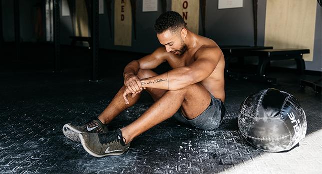 Un atleta practicando mindfulness