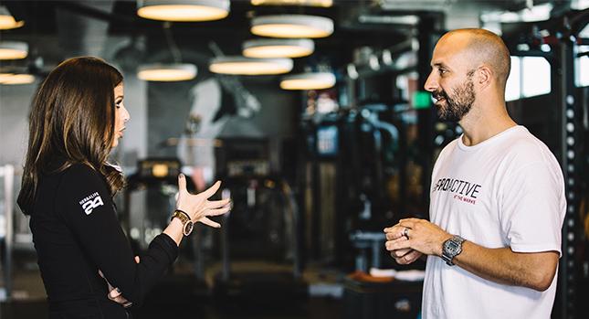 La Dra. Dana discute planes de nutrición para atletas en ProActive
