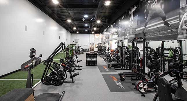 Proactive gimnasio y equipo de entrenamiento